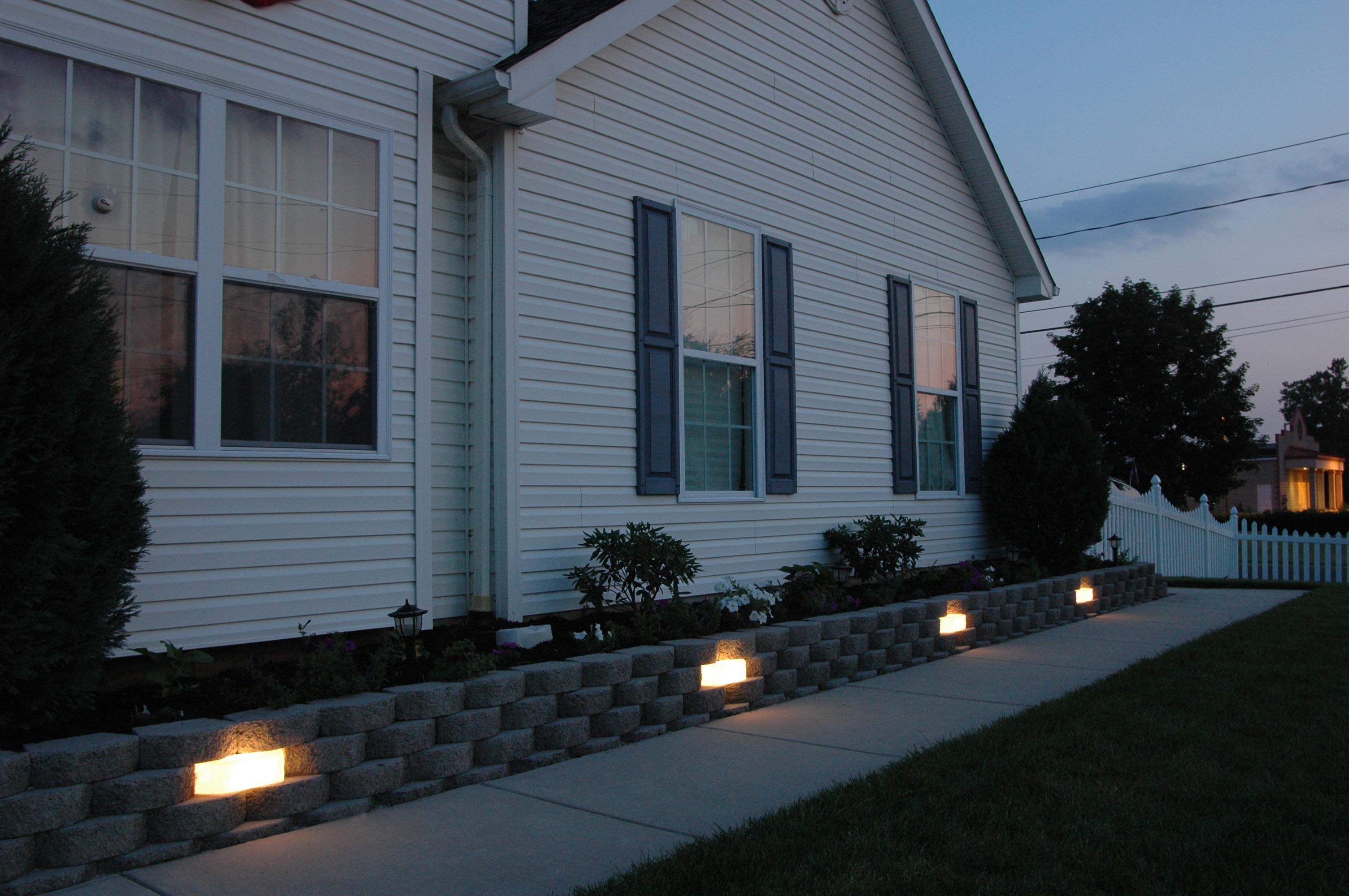 Kerr Lighting Sek Surebond Hardscape Installation